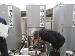 太陽熱温水タンク